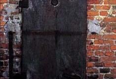Maidanek Gas Door